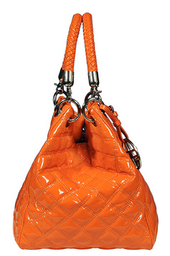Here.  Silvio Tossi Patent Leather Quilted Shoulder Bag With Keychain.  $165 вместо $815 retail 80% Off.